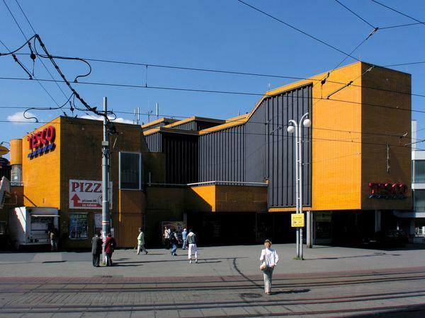 Obchodní dům Ještěd / Liberec