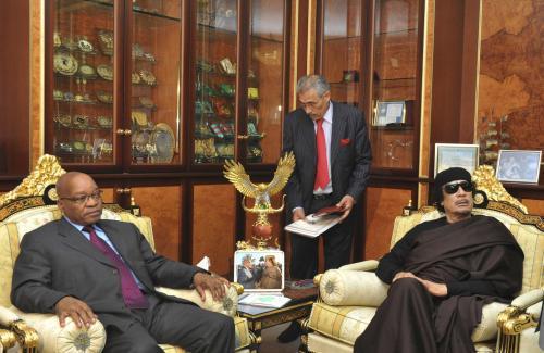 Jacob Zuma a Muammar Kaddáfí