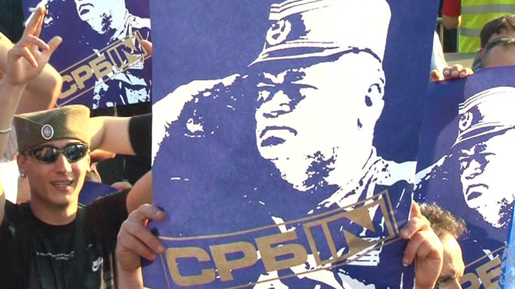 Bělehradská demonstrace na podporu Ratka Mladiče