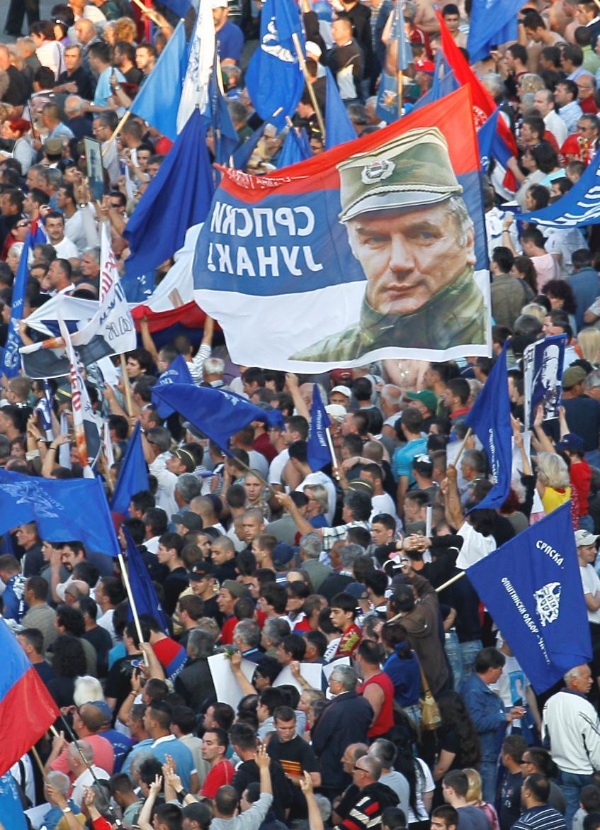 Demonstrace proti zatčení Mladiče v Bělehradě
