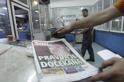 Tisk o zatčení Ratka Mladiče