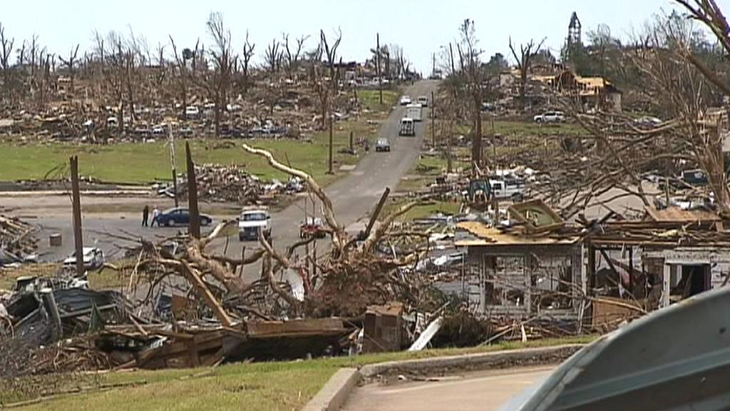 Následky tornáda v americkém Joplinu