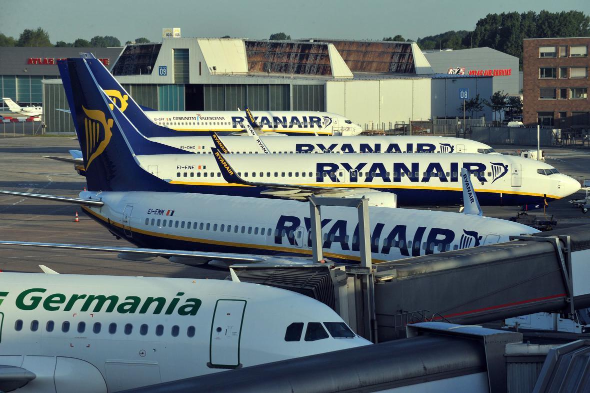 Letadla na letišti