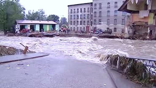 Poničený most v Chrastavě