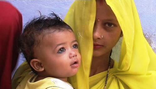 Indická žena s dítětem