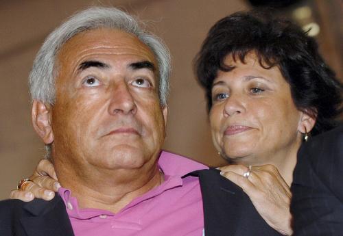 Dominique Strauss-Kahn s manželkou