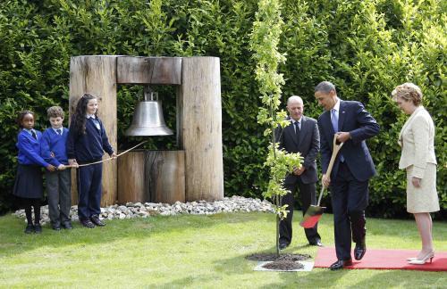 Barack Obama zasadil v Dublinu strom