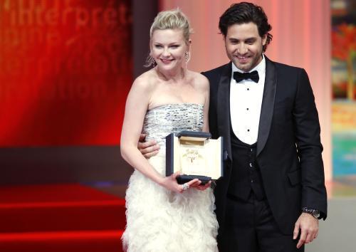 Kirsten Dunstová a Edgar Ramirez