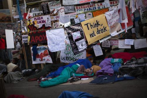 Španělští demonstranti nocují na ulicích
