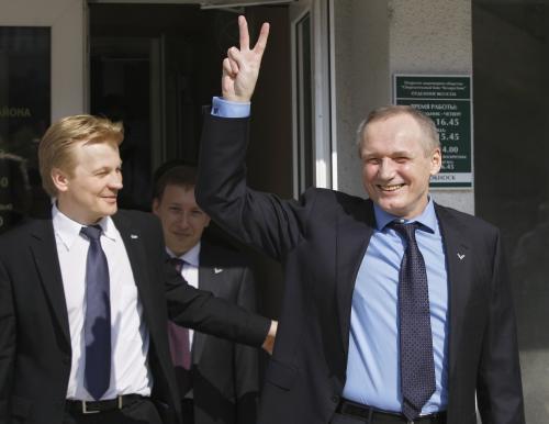 Vůdci běloruské opozice odcházejí od soudu