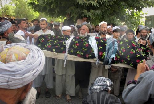 Pohřeb čtyř obětí NATO v afghánském Tálikánu