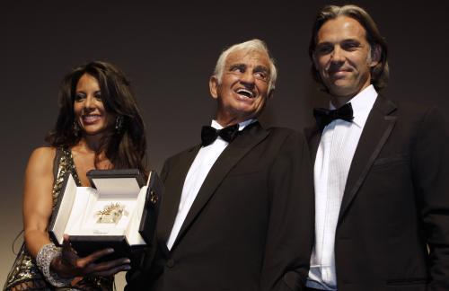 Jean Paul Belmondo (uprostřed)