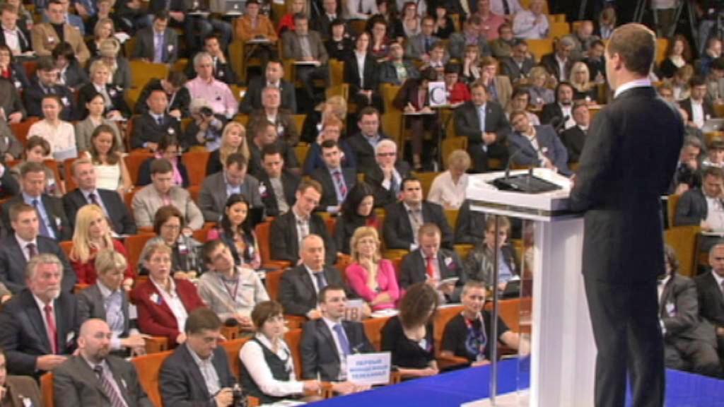 Dmitrij Medvěděv na první velké tiskovce