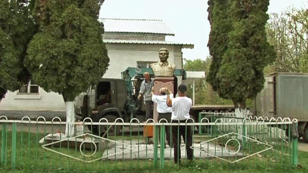 Stalinův pomník v Kadgaronu