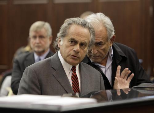 Dominique Strauss-Kahn se svýmo obhájcem Benjaminem Brafmanem