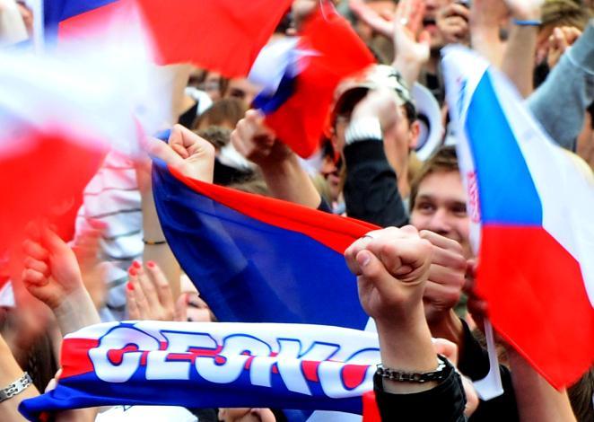 Nadšení na Staroměstském náměstí v Praze