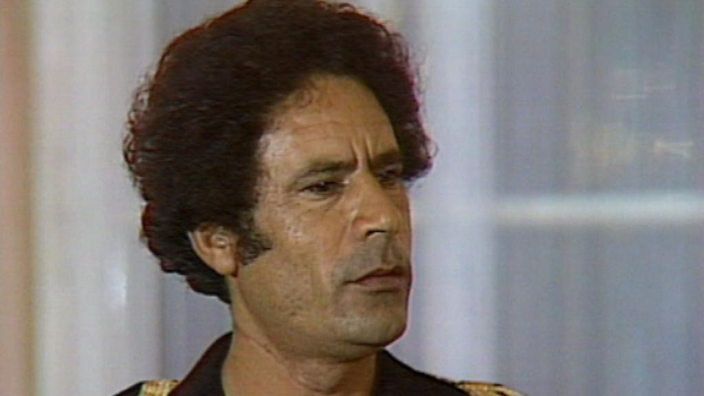 Kaddáfí při návštěvě Československa