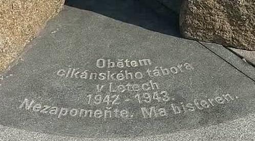 Památník v Letech