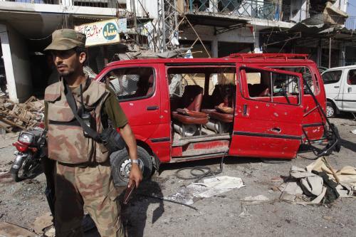 Atentát v pákistánském Šabkadaru