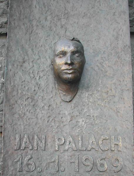 Olbram Zoubek / Pamětní deska Jana Palacha