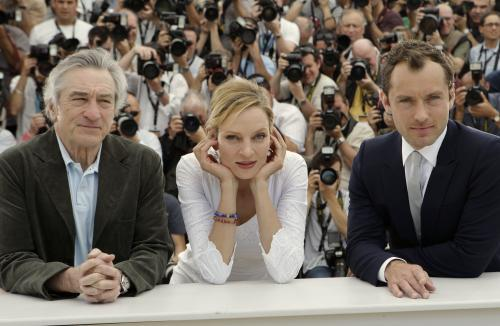 Cannes 2011 / Robert De Niro, Uma Thurmanová a Jude Law
