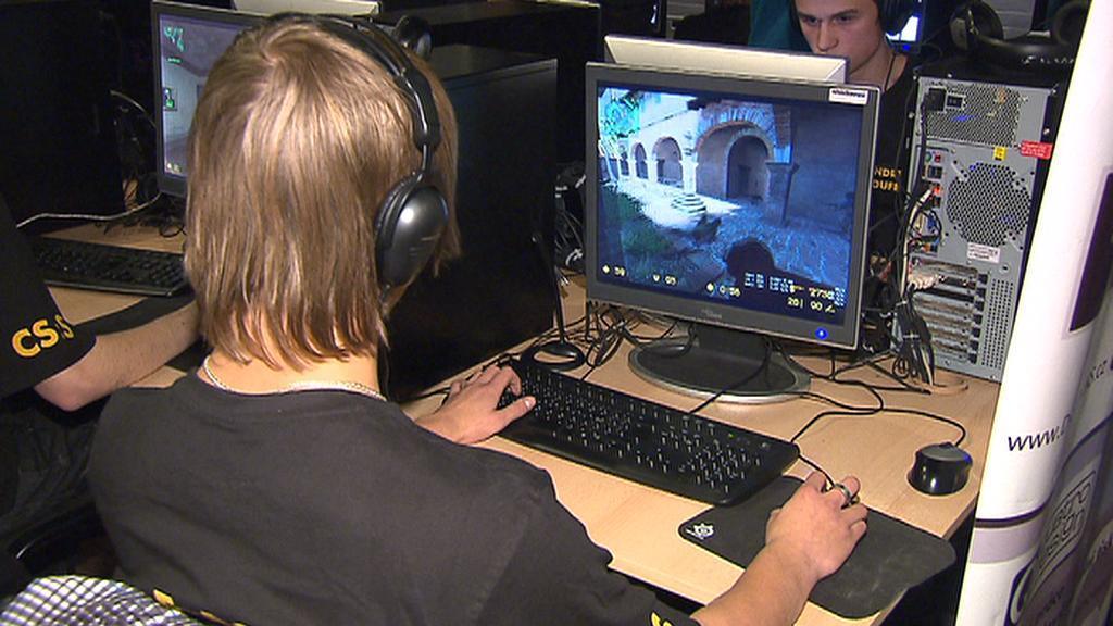 Hráč počítačových her