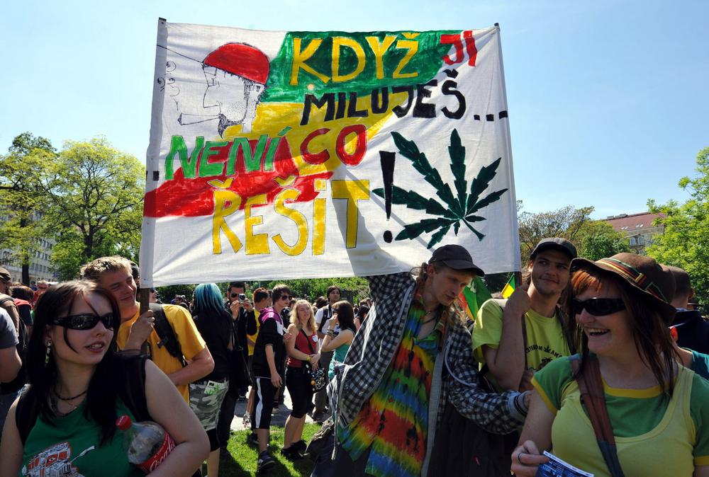Účastníci demonstrace za legalizaci marihuany
