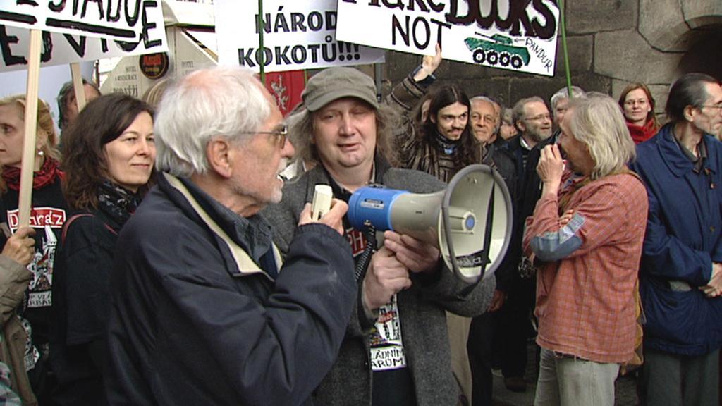 Protest proti zvýšení DPH na knihy