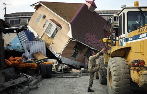 V Japonsku pokračuje odstraňování následků zemětřesení