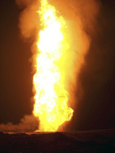 Hořící egyptský plynovod