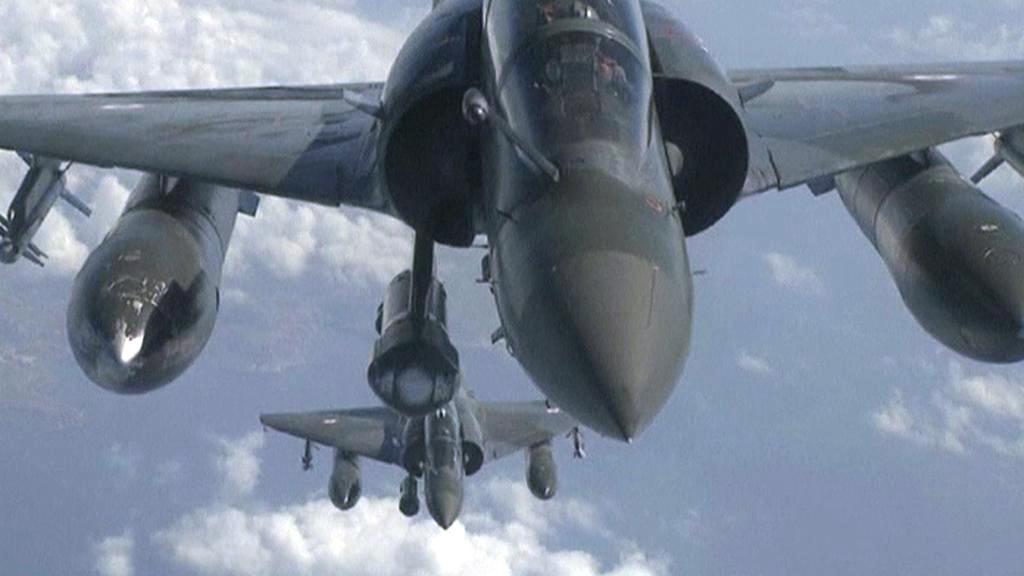 Bojové letouny spojenců nad Libyí