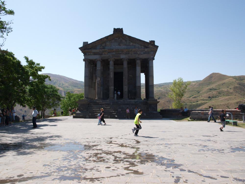 Antický chrám Garni