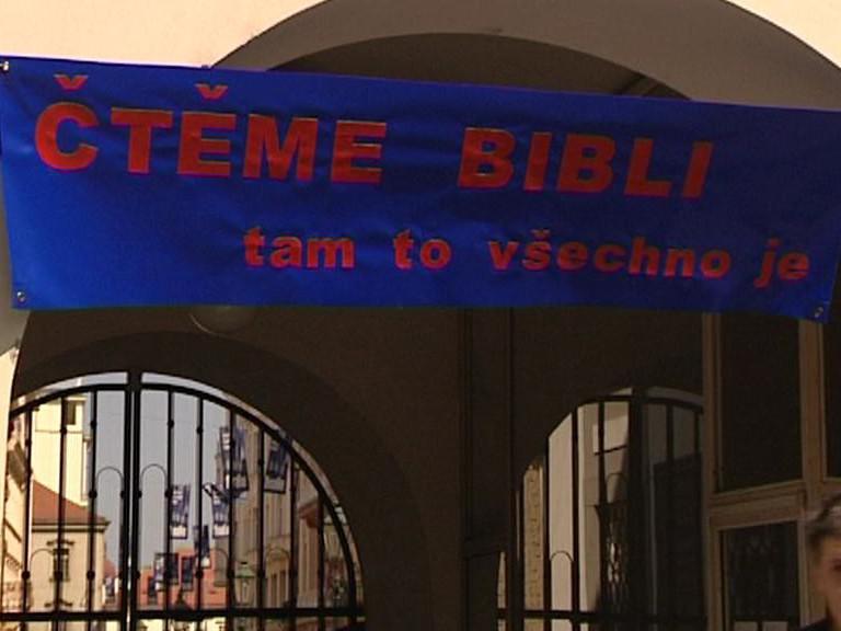 Čtení Bible / Plzeň