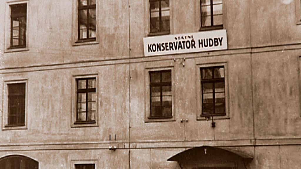 Pražská konzervatoř na archivním snímku