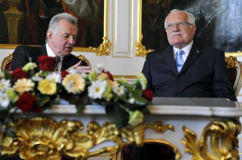 Maďraský prezident Pál Schmitt na návštěvě Česka