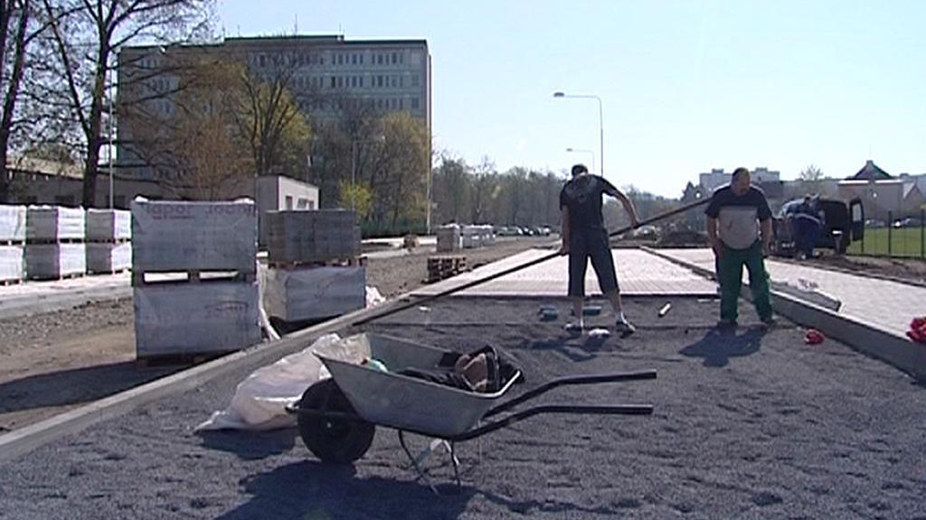 V Sokolově opravují silnice a chodníky