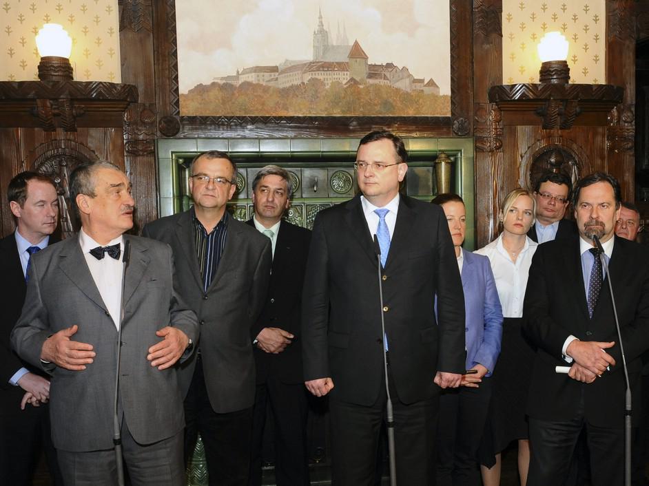 Tisková konference po jednání K12
