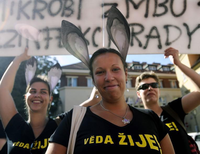Protest proti změnám ve financování Akademie věd