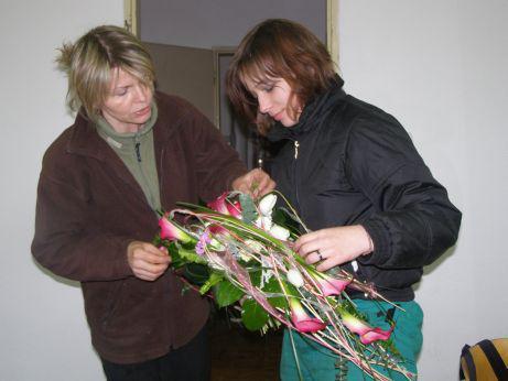 Kopidlno - příprava květinové výzdoby