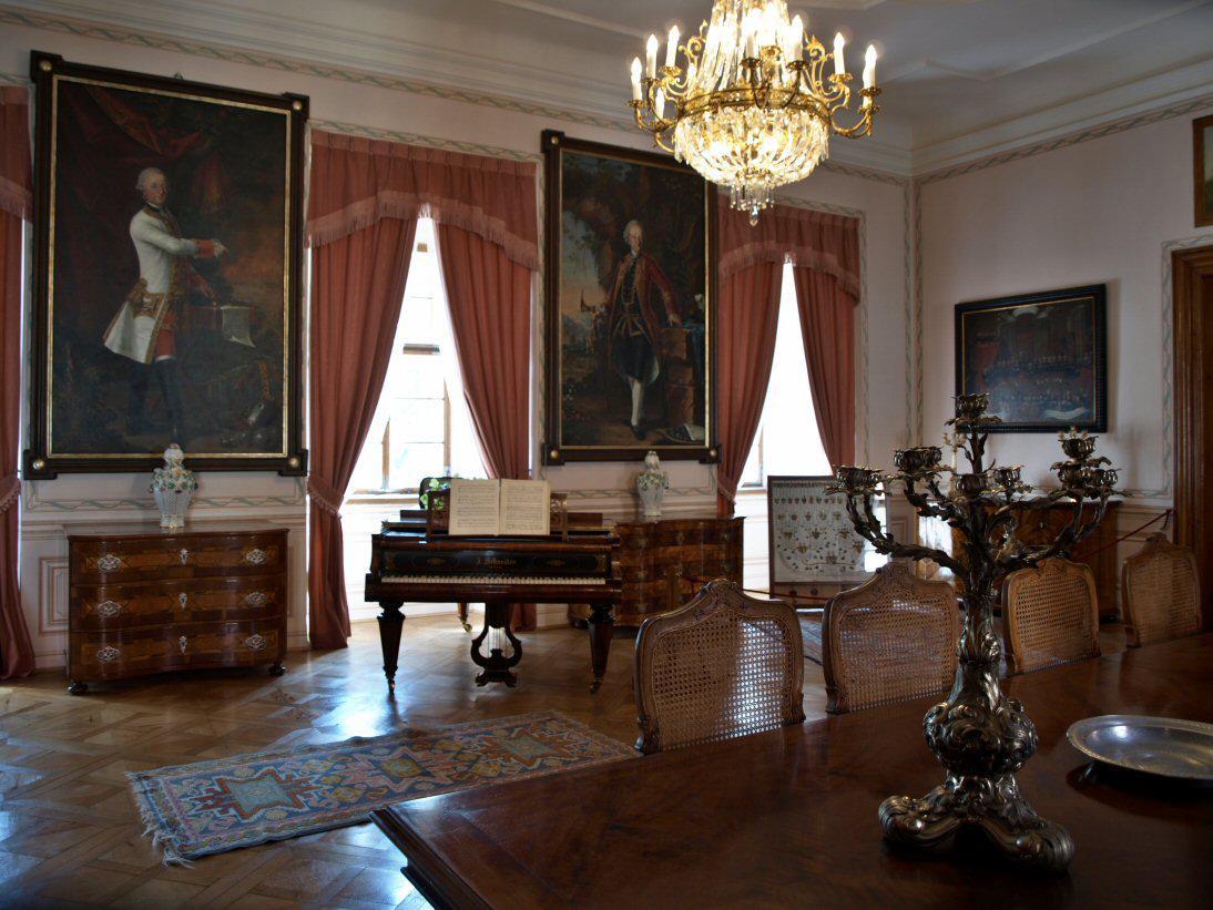 Ze zámku v Mníšku pod Brdy