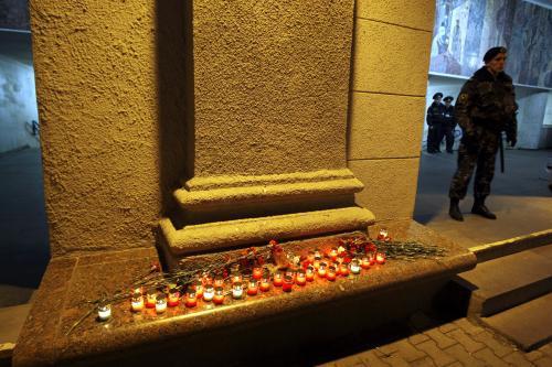 Svíčky u minské stanice metra Okťabrskaja