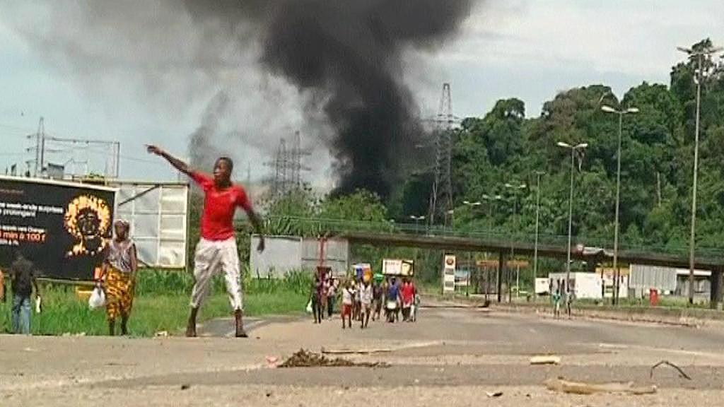 Boje v Pobřeží slonoviny