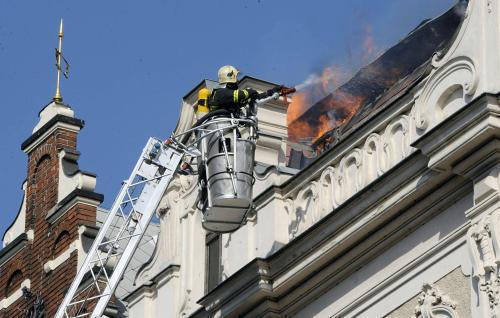 Požár v Křižovnické ulici