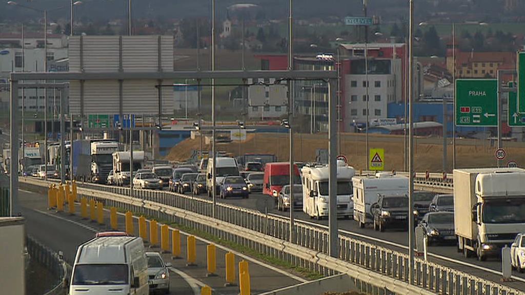 Kolona na dálnici