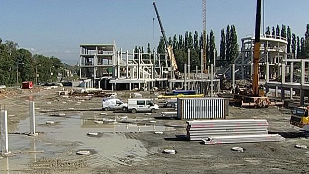 Rozestavěná KV Aréna