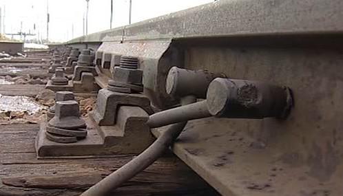 Měděné kabely na železnici