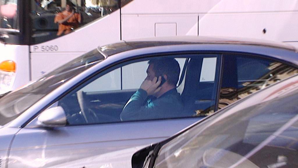 Telefonování během řízení