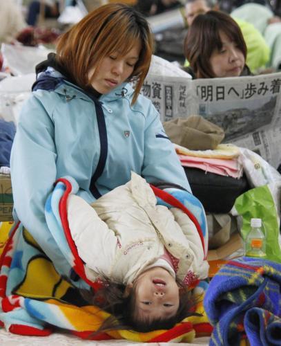 V evakuačních střediscích dochází léky i potraviny