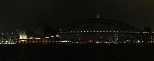 Opera v Sydney na hodinu pohasla