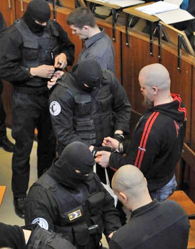 Soud s Maďary podezřelými z protiromských útoků